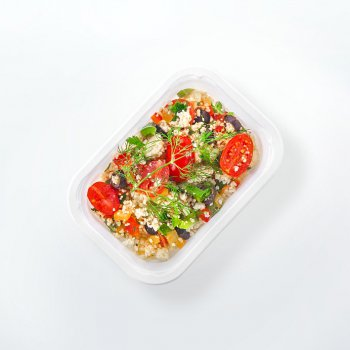 Couscous with peppers and cocktail tomatoes