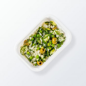 Green pea salad with vegetables and parboiled rice
